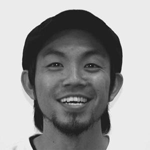 岡室健 プロフィール画像